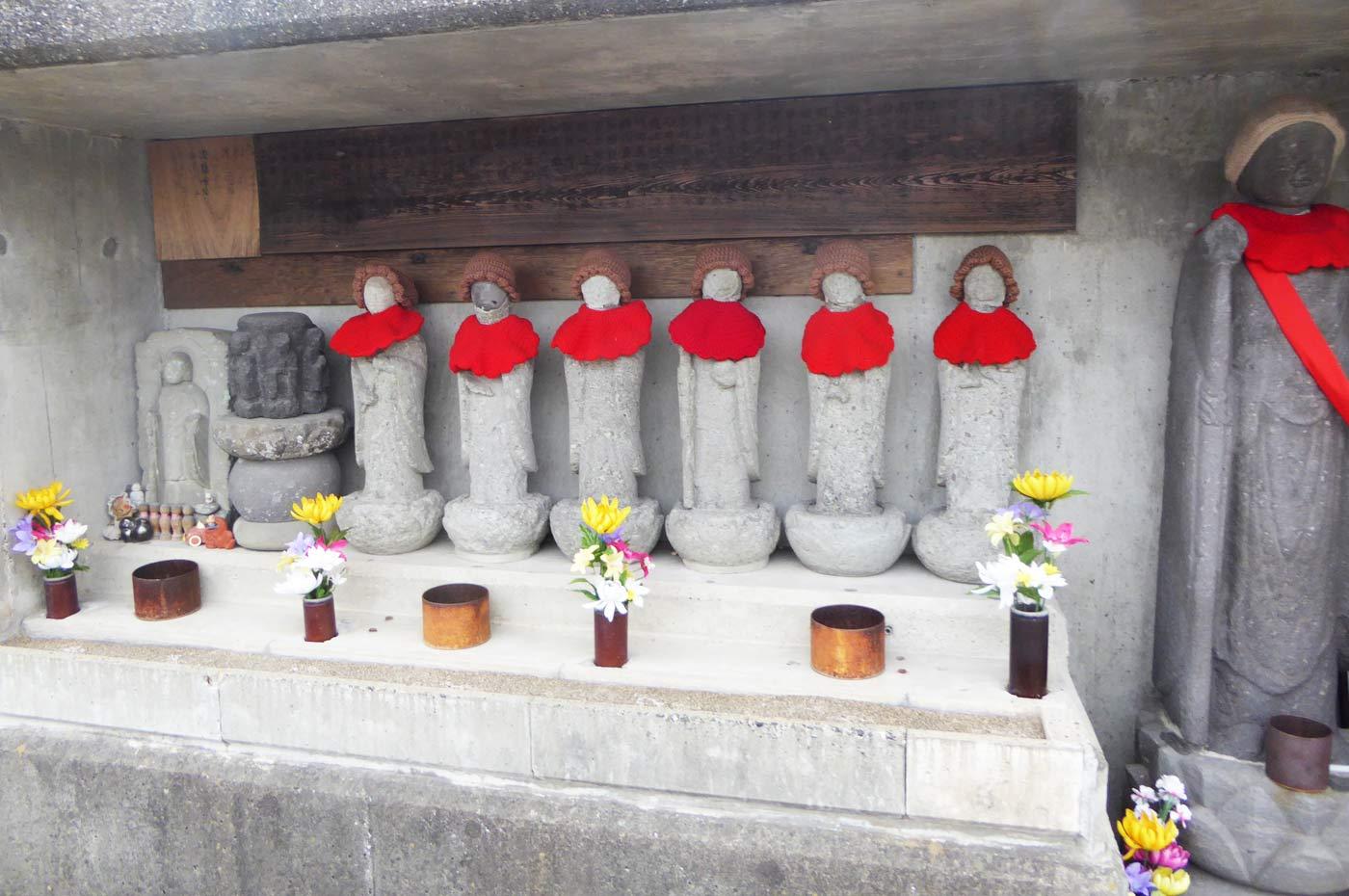 館山六地蔵尊の画像