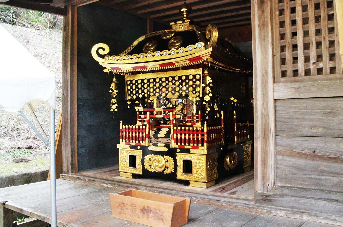 金気神社  神輿