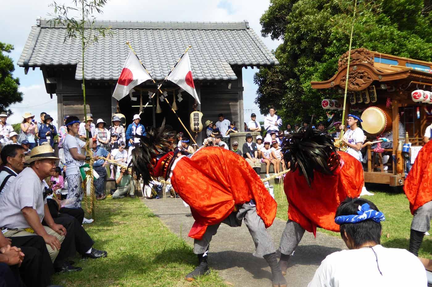 瀧淵神社の羯鼓舞