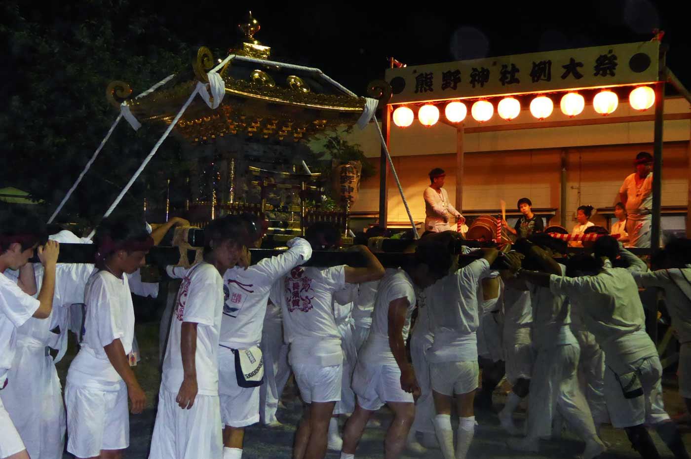 長須賀熊野神社の神輿