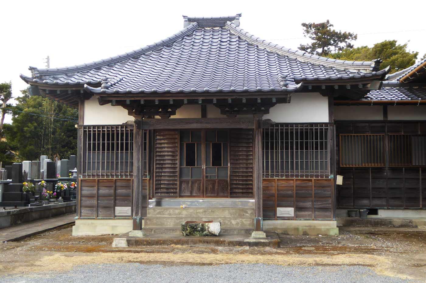 積蔵院の本堂