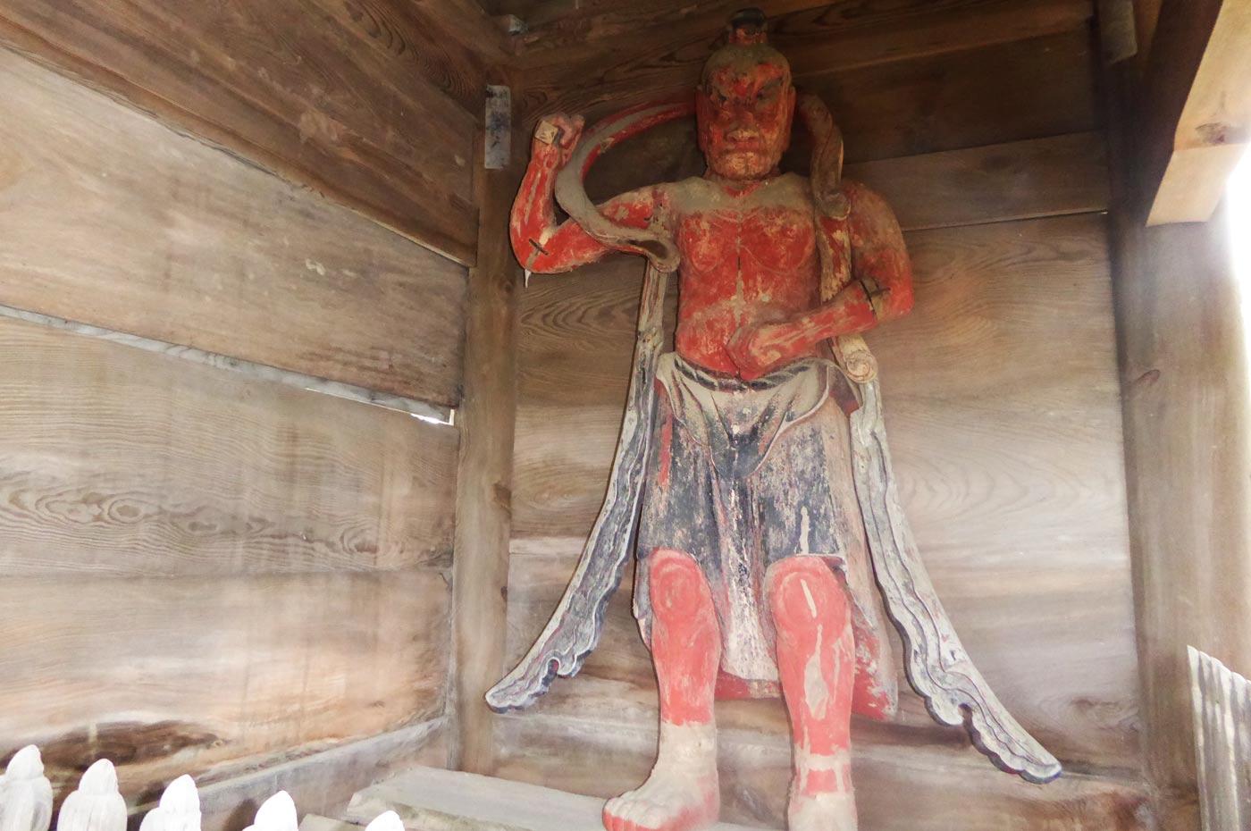 金乗院 左側の仁王像