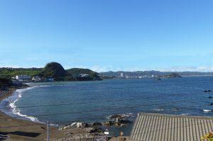太海海水浴場 香指神社より