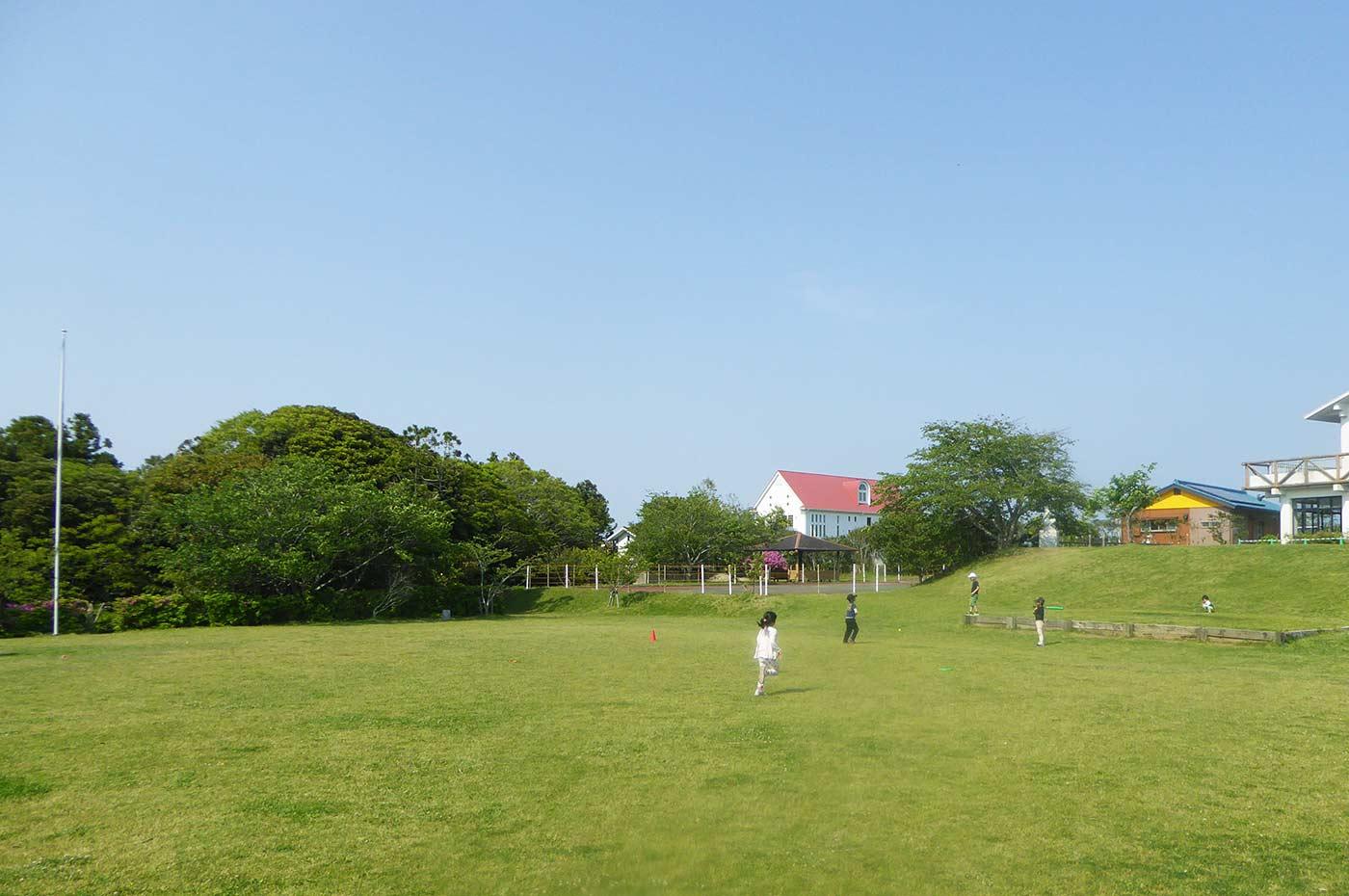 魚見塚一戦場公園の広場