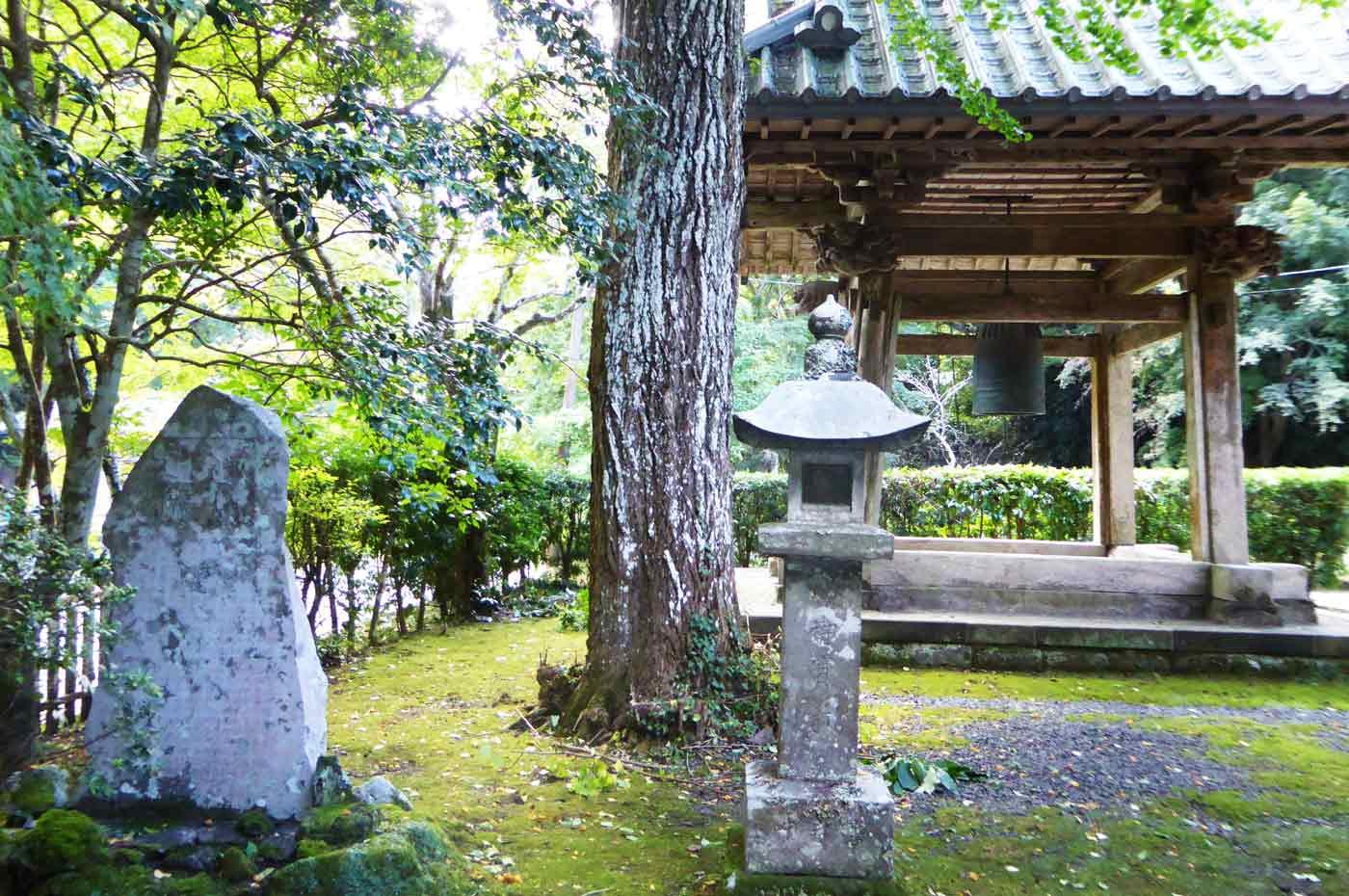 小松寺の梵鐘の画像