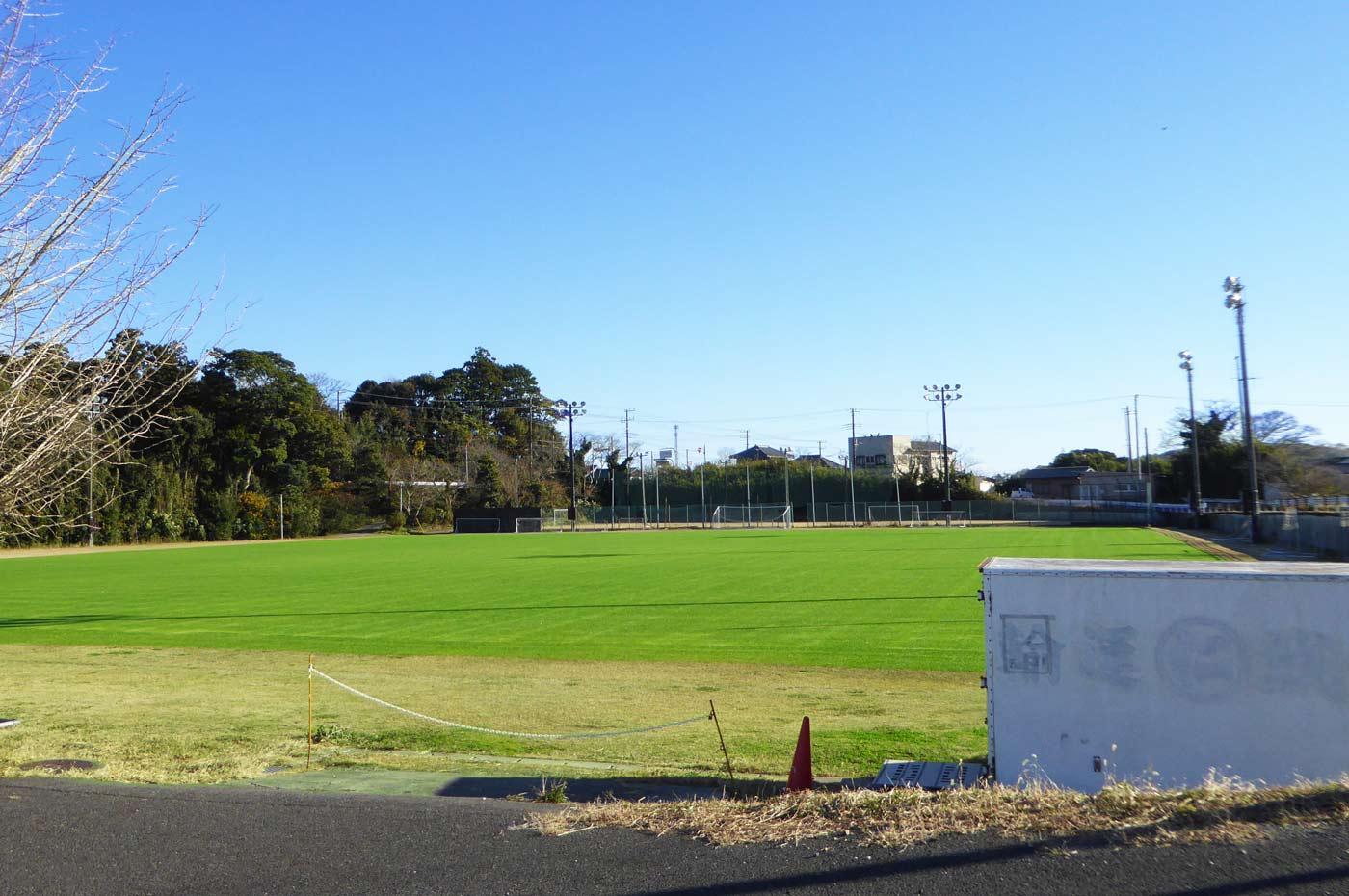 丸山運動公園のサッカー場の画像