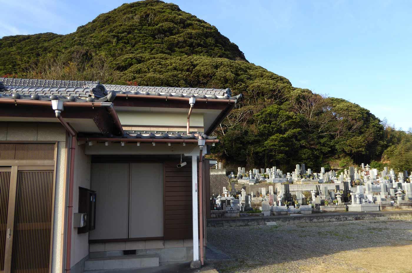 東漸寺の本堂の写真