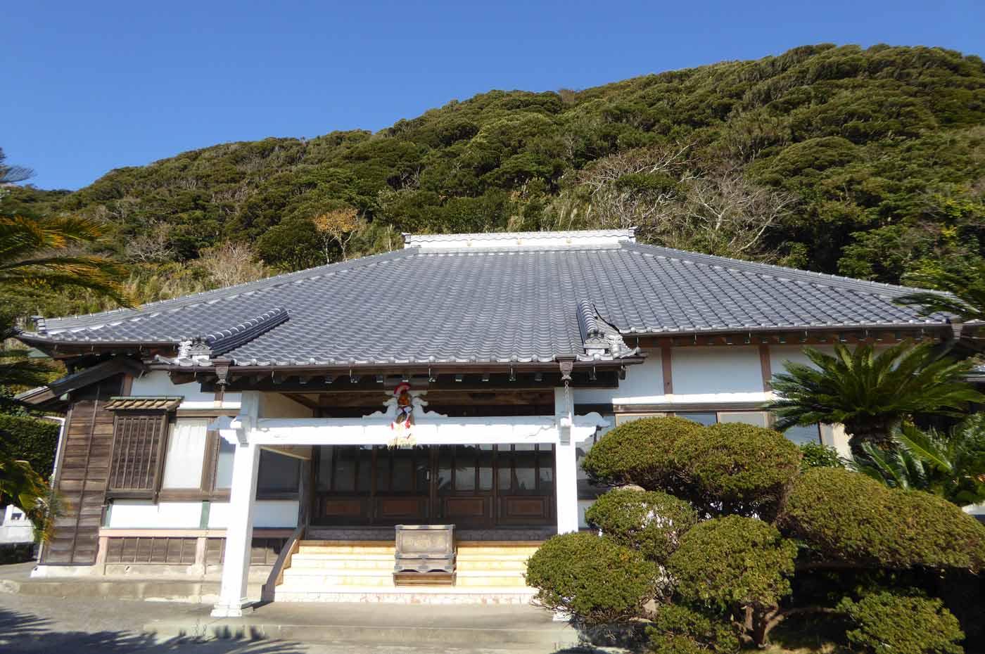 満願寺本堂の写真