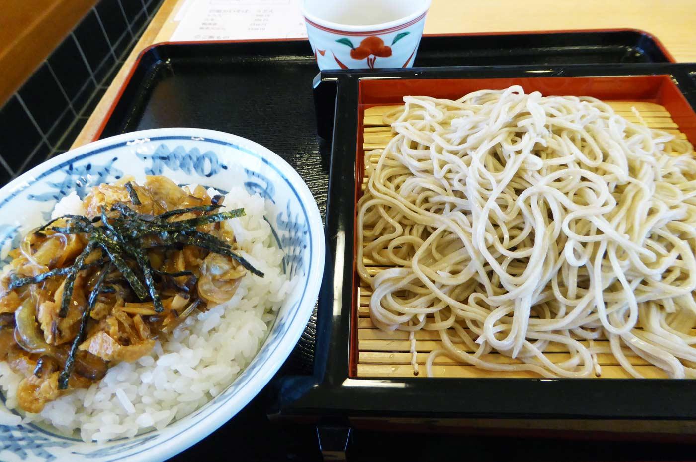 長寿庵のあさり丼