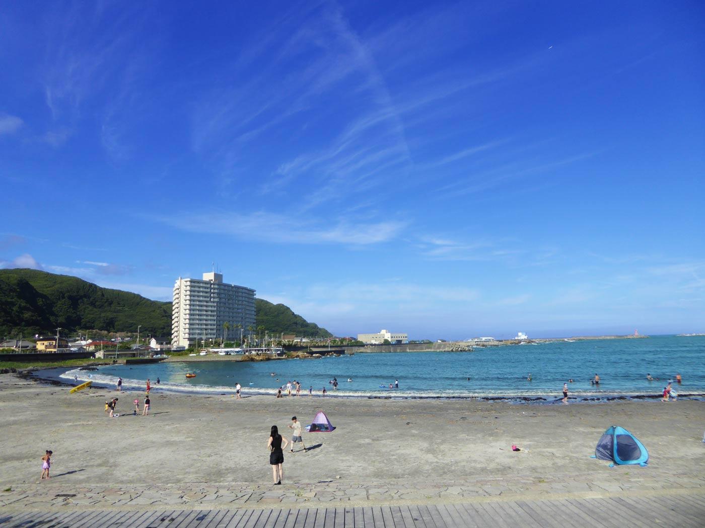 塩浦海水浴場の砂浜