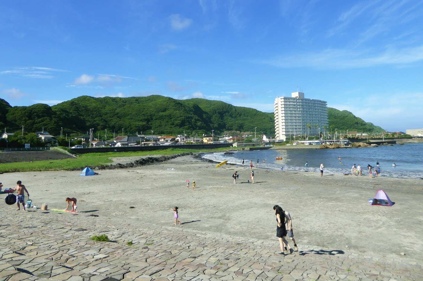 塩浦海水浴場全景