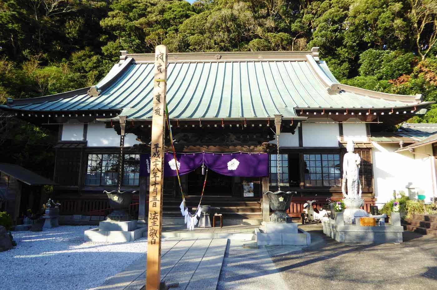 長勝寺の本堂の写真