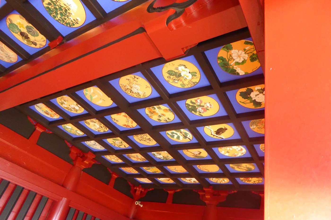 観音堂の天井画2