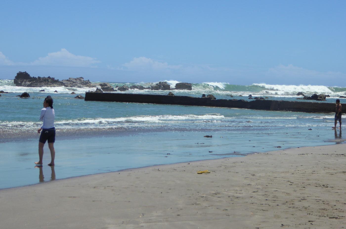 江見海水浴場の防波堤の画像