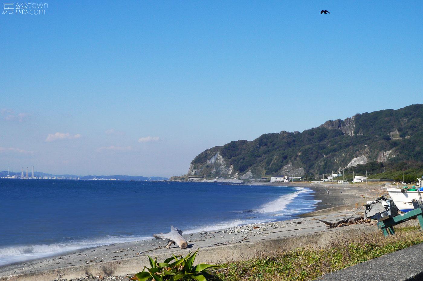 萬壽山の前の保田海水浴場