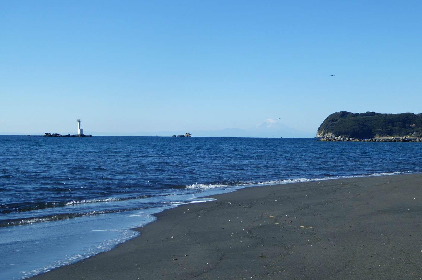 一本島とスズメ島