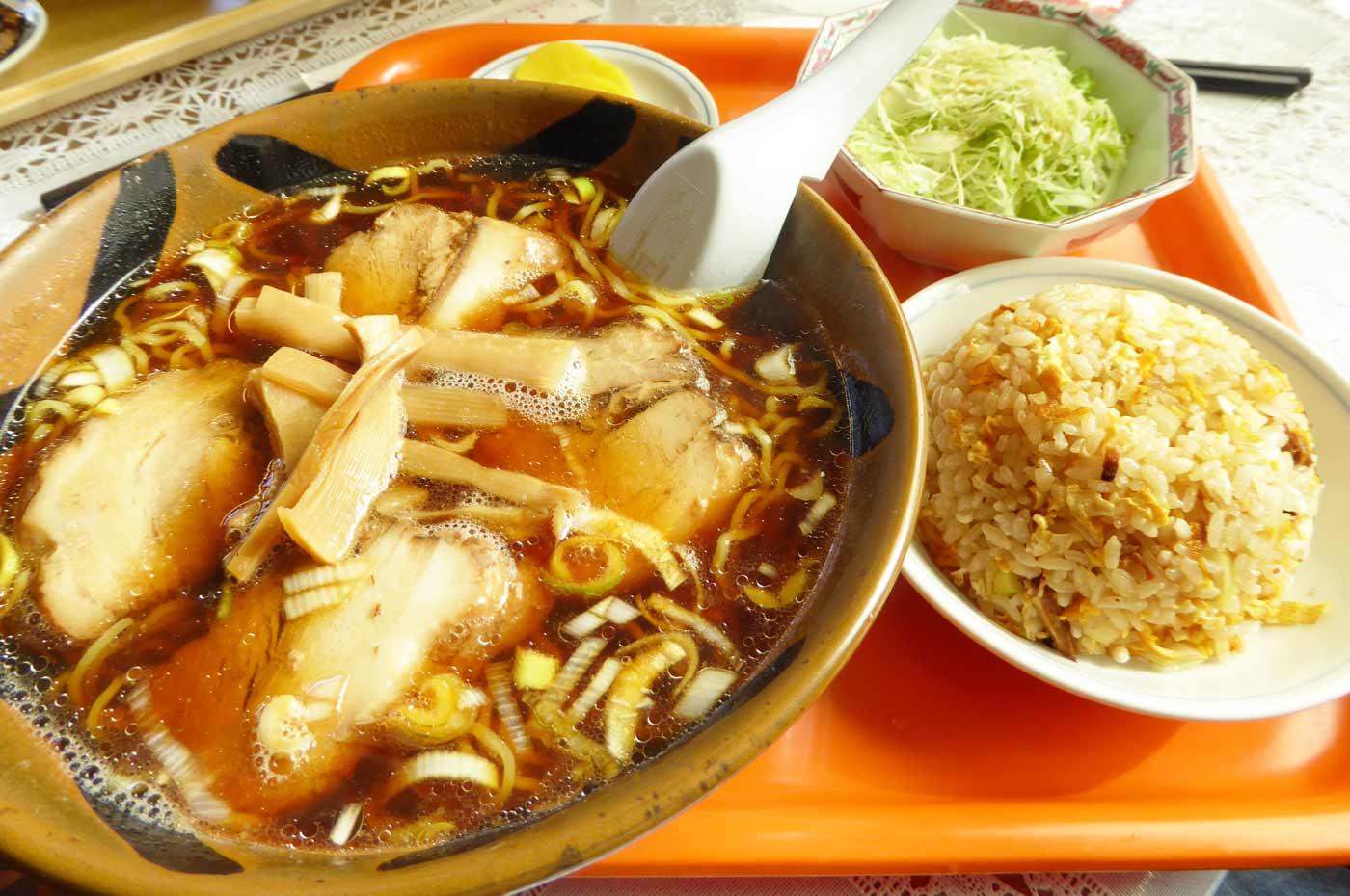 八洲軒のチャーシュー麺の画像