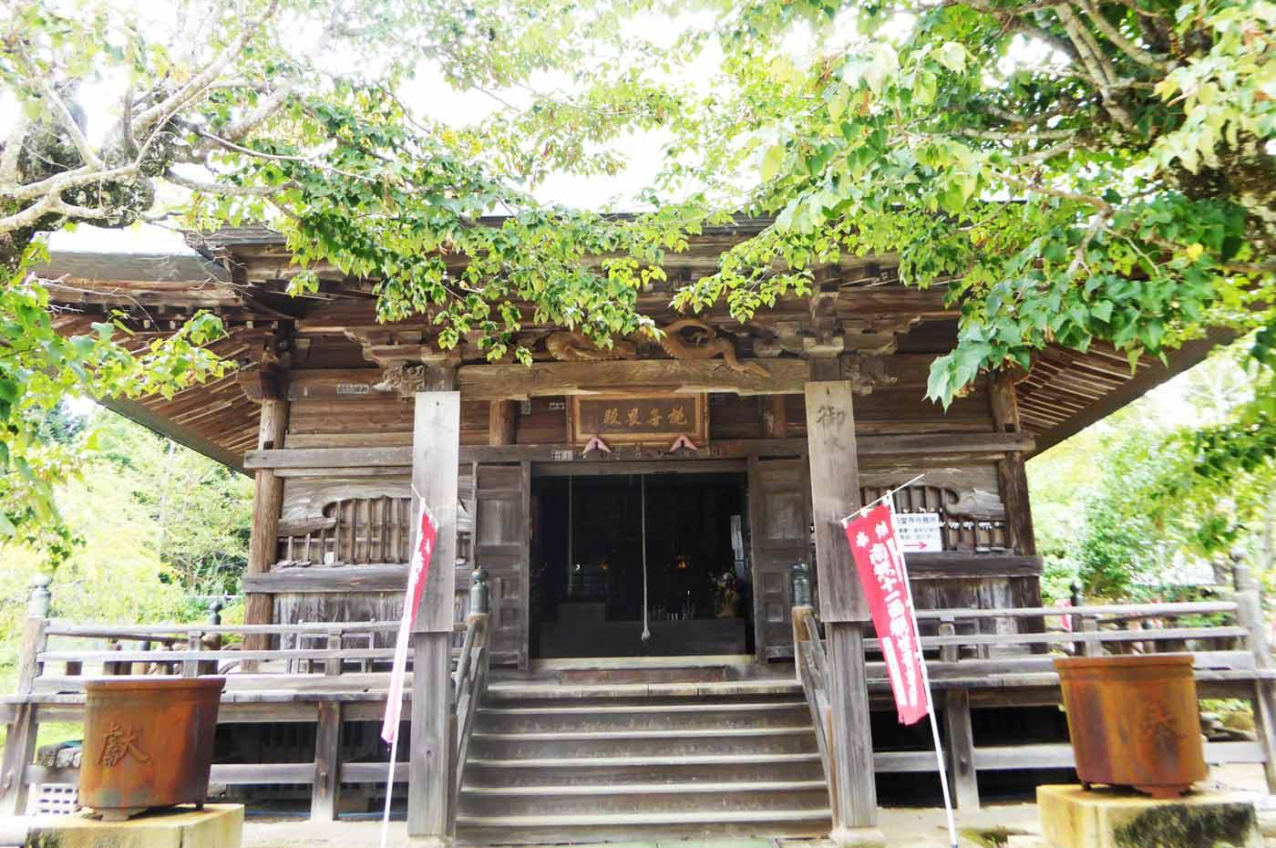 石堂寺の本堂の画像