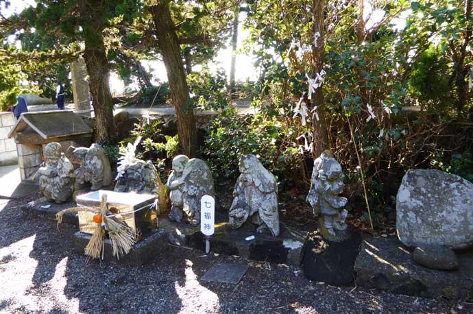 厳島神社武田石爺の七福神