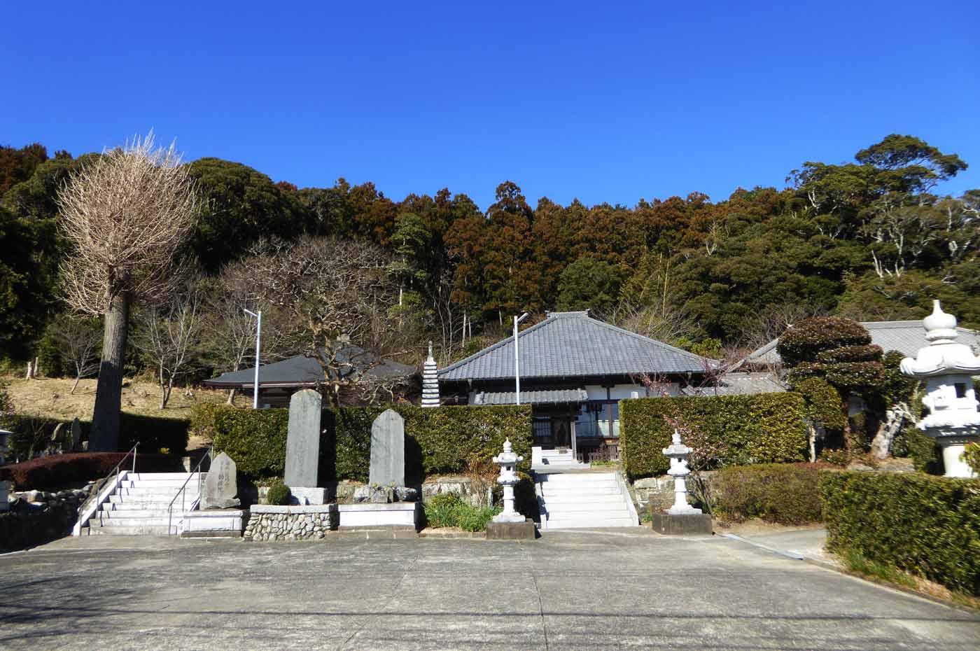 勧修院の全景写真