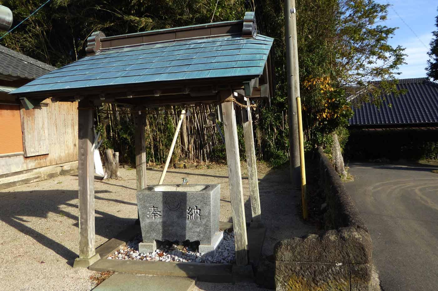 鹿嶋神社の手水舎