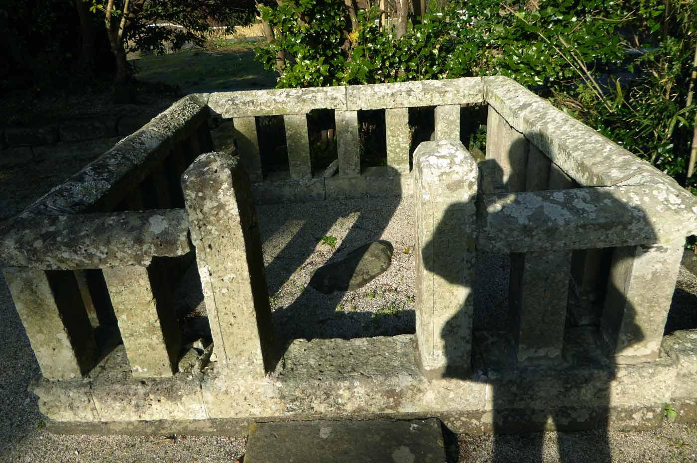 鹿嶋神社の境内