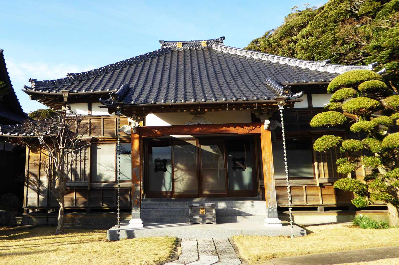 顕本寺の本堂の画像