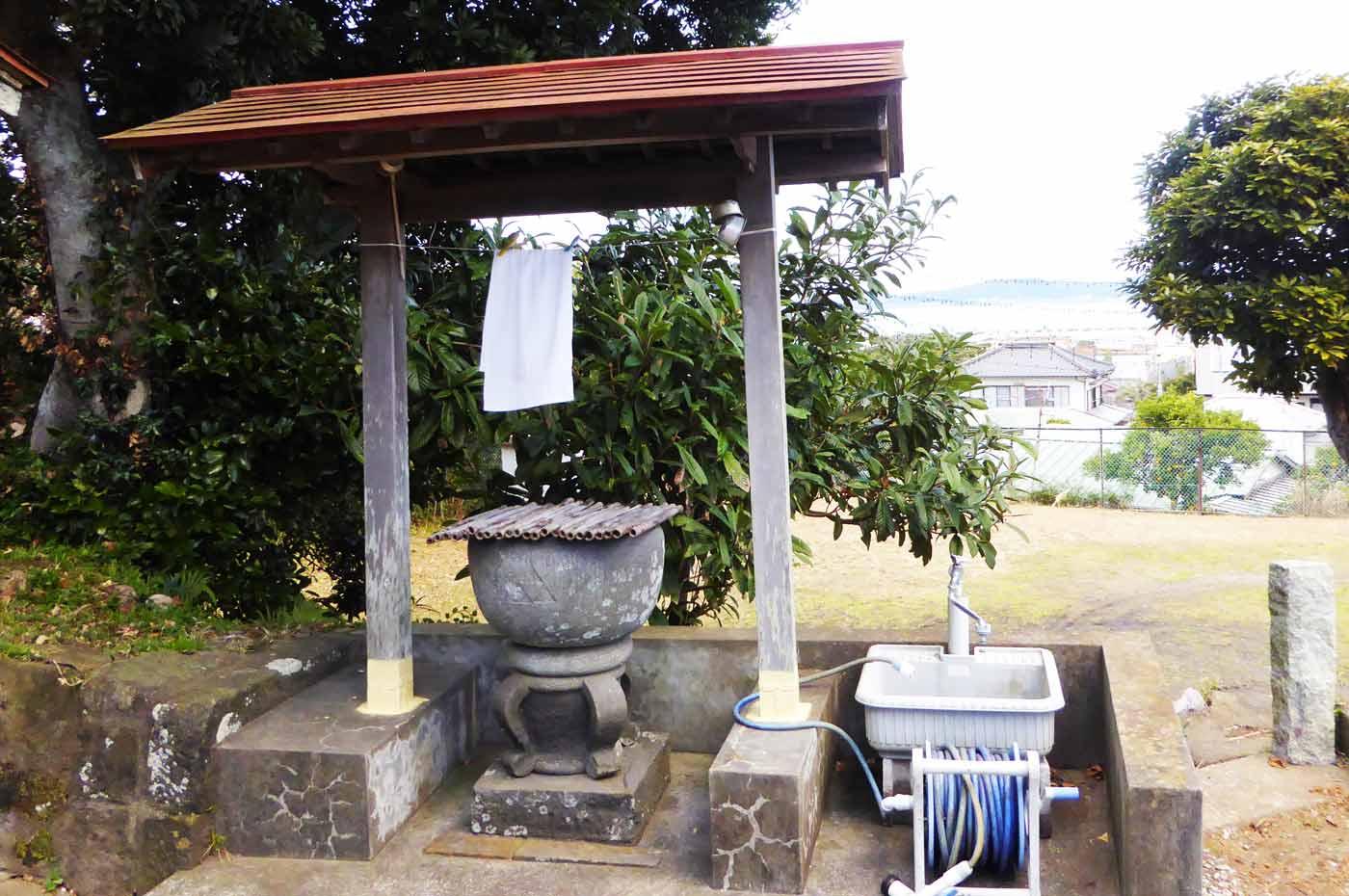 国司神社の手水舎の画像