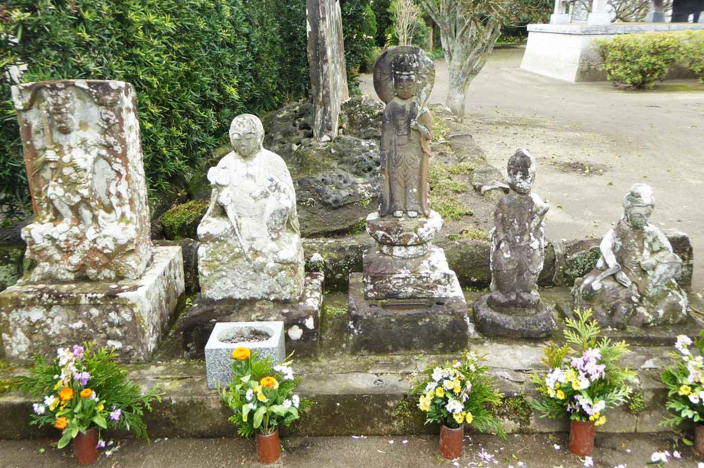 金蓮院の地蔵の画像