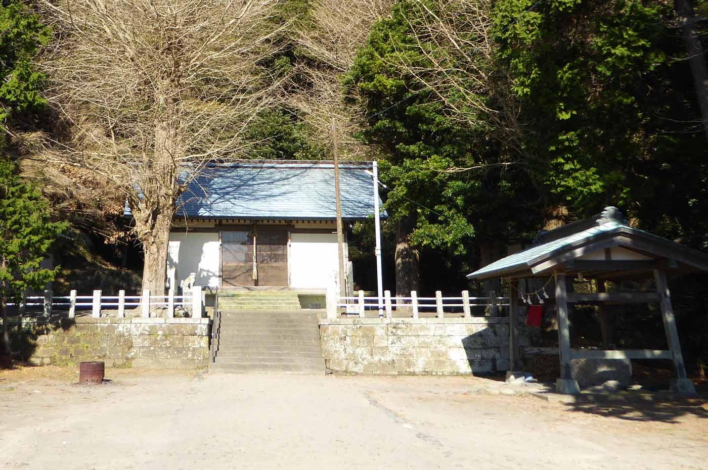 熊野神社境内の画像