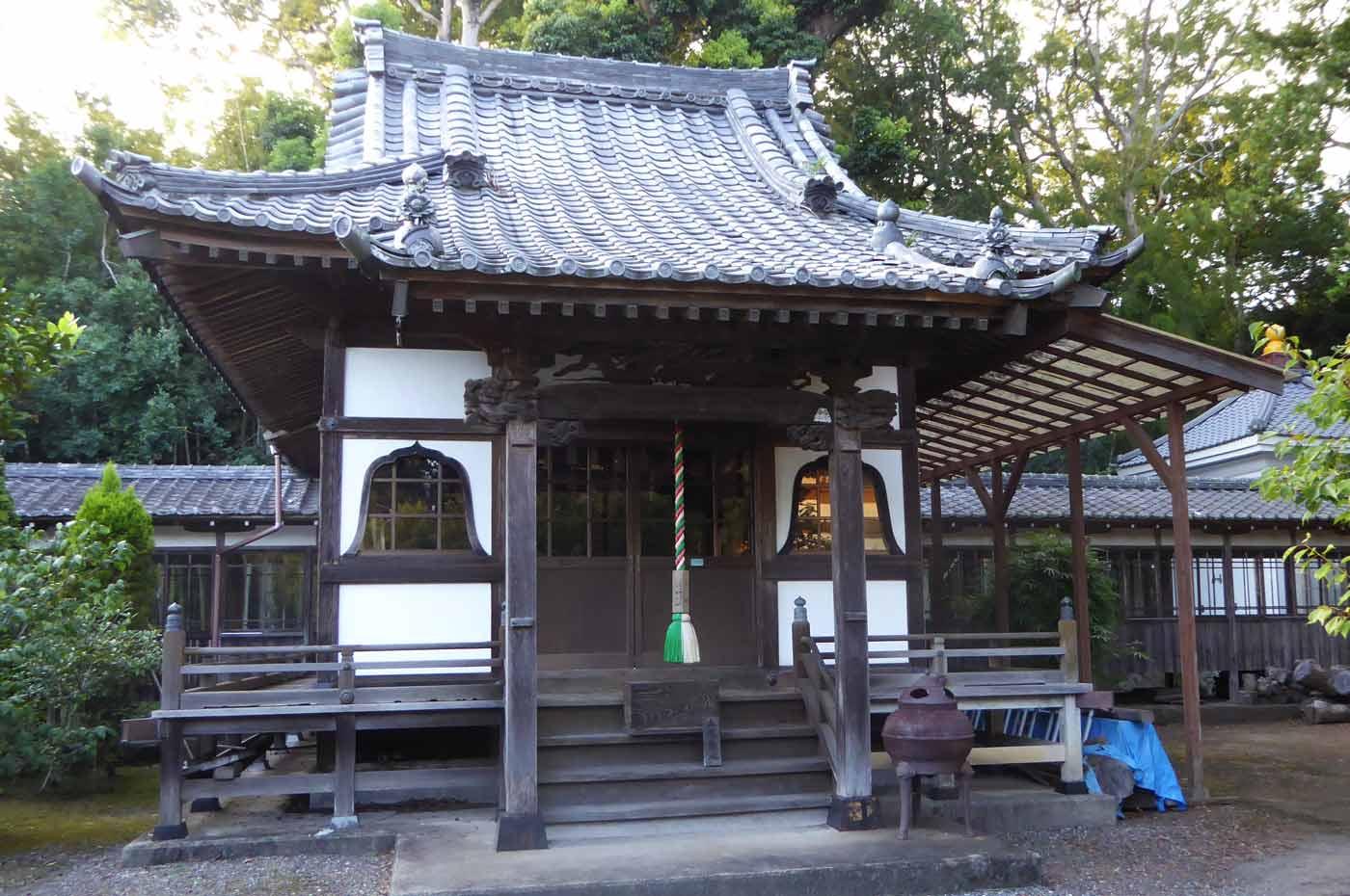 鏡忍寺の鬼子母神堂