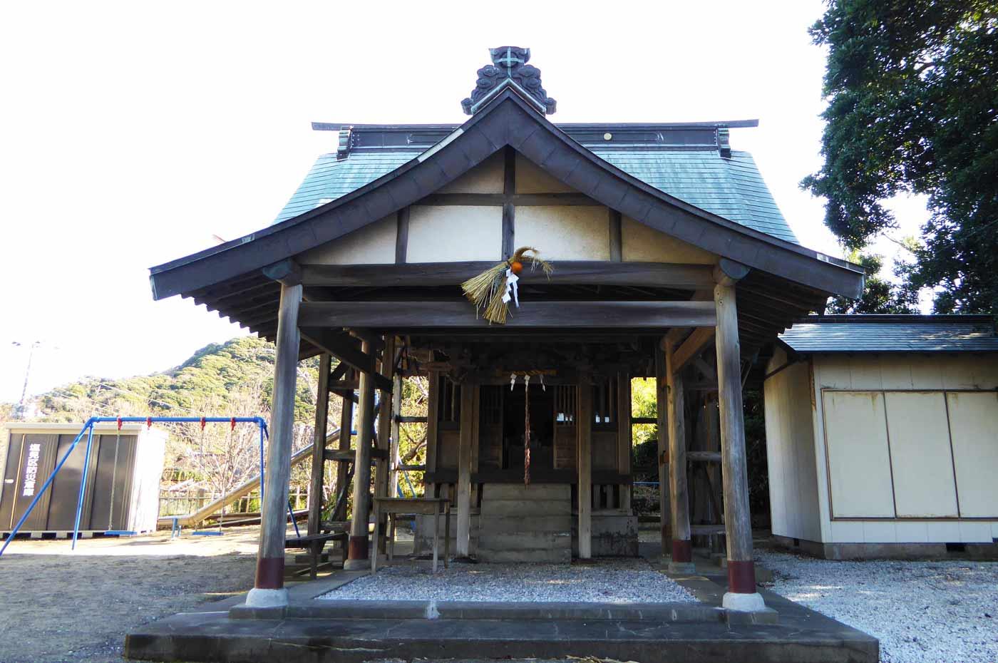 御嶽神社の拝殿の画像