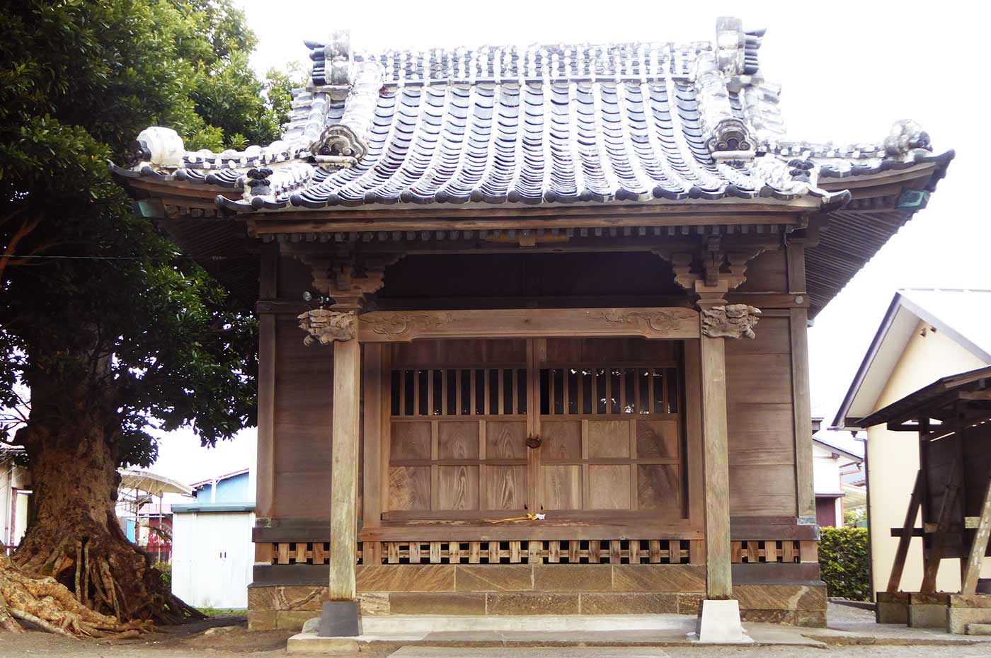 御滝神社の拝殿