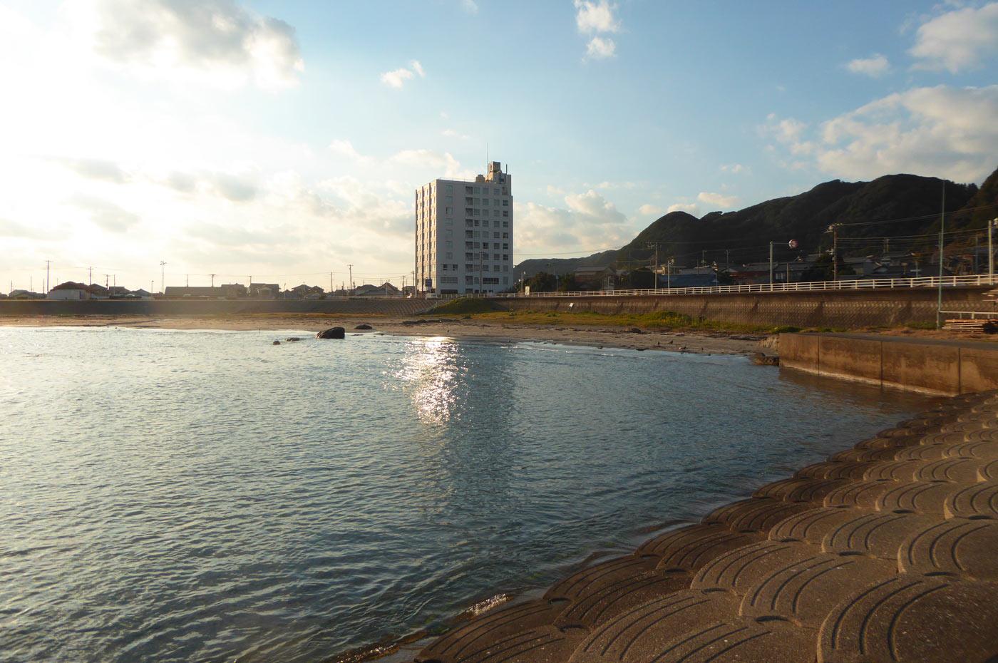 名倉海水浴場の風景