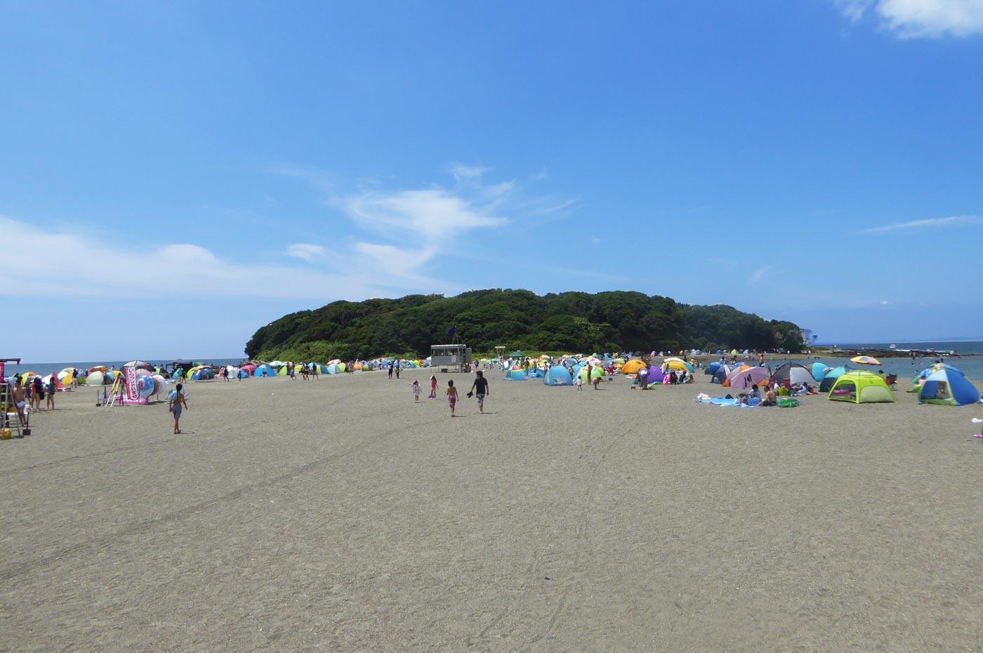 沖ノ島の岩場
