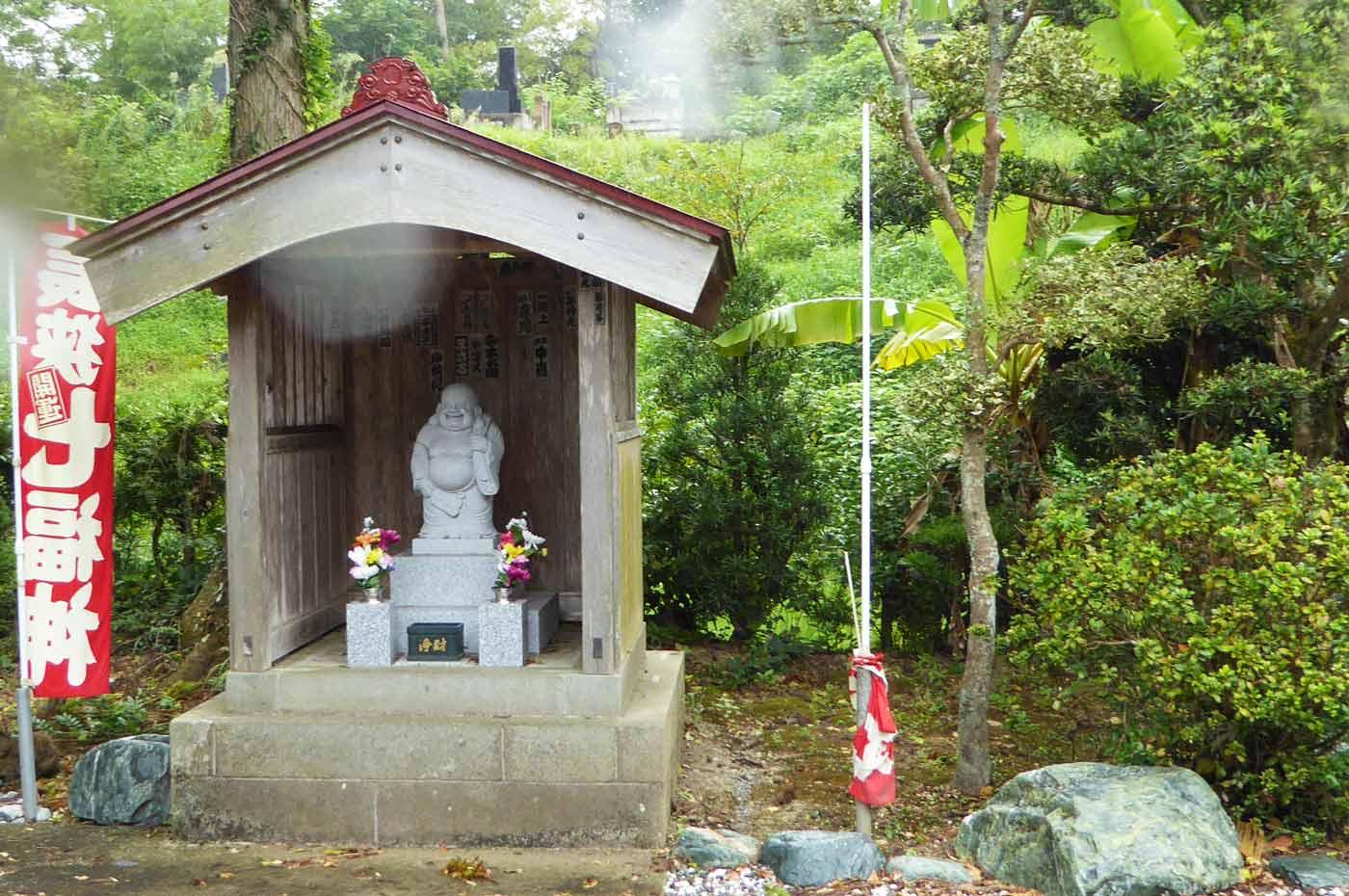 龍江寺の布袋尊