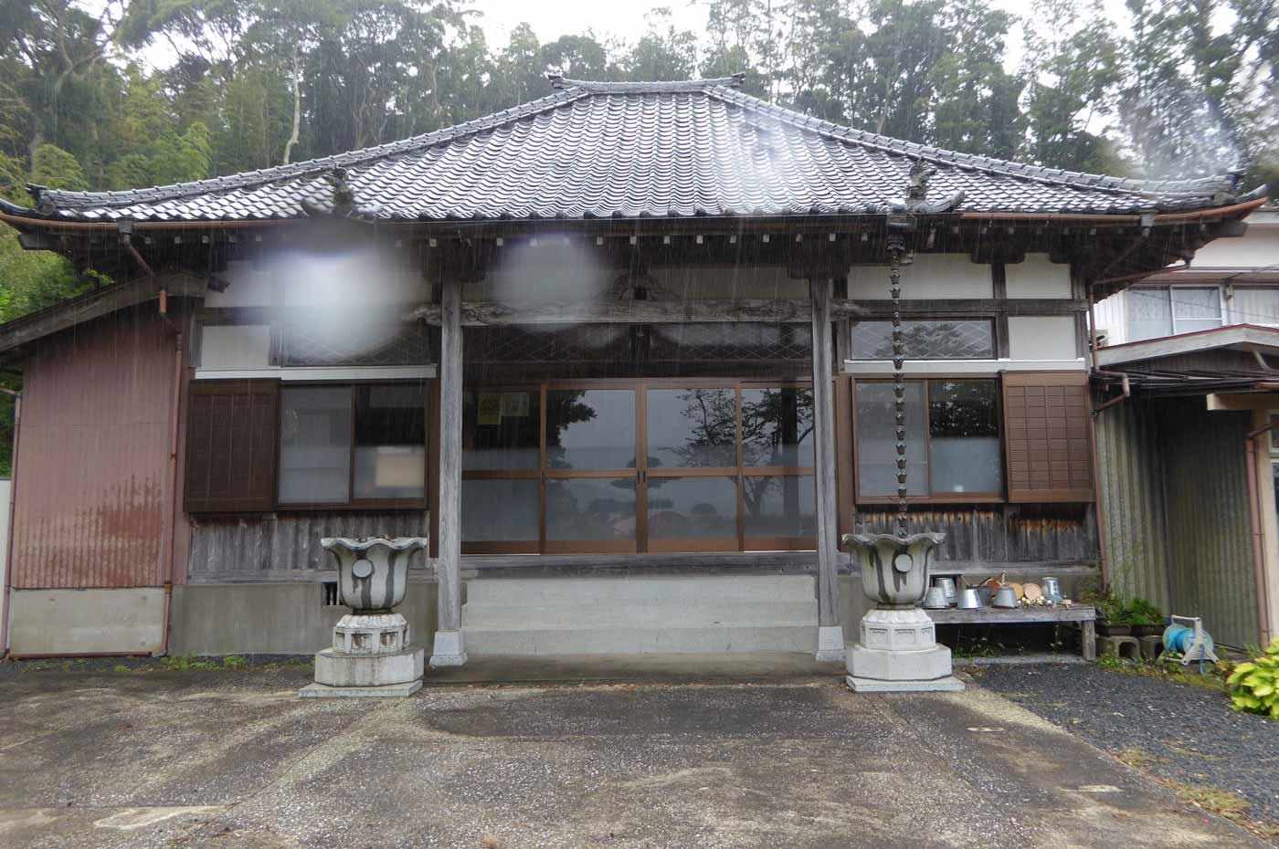 龍江寺の本堂