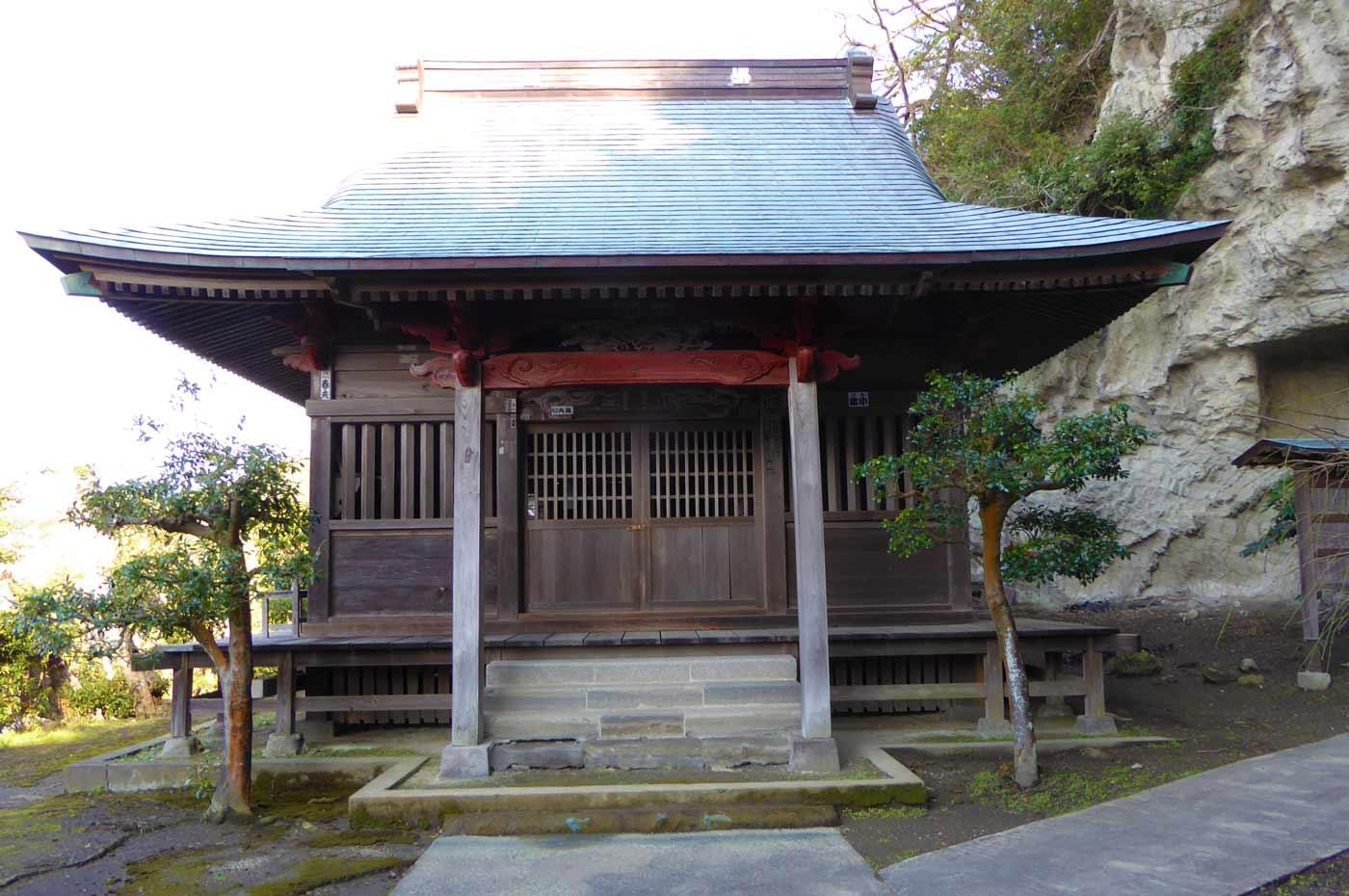 真勝寺の観音堂