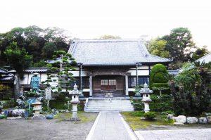 総持院の本堂