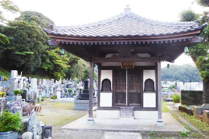 総持院の観音堂