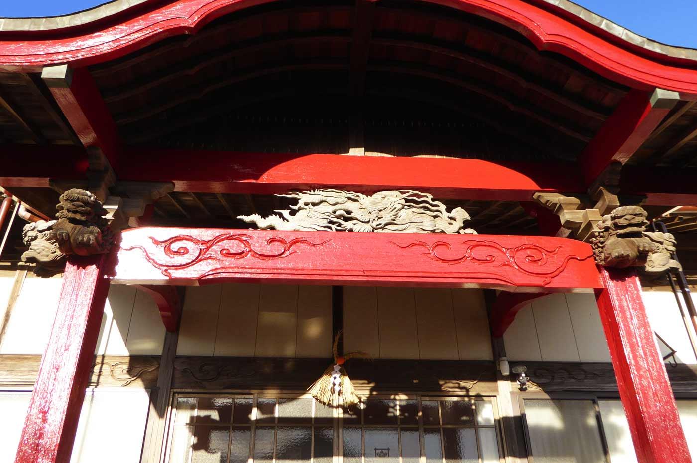 釈迦寺本堂の彫刻の画像