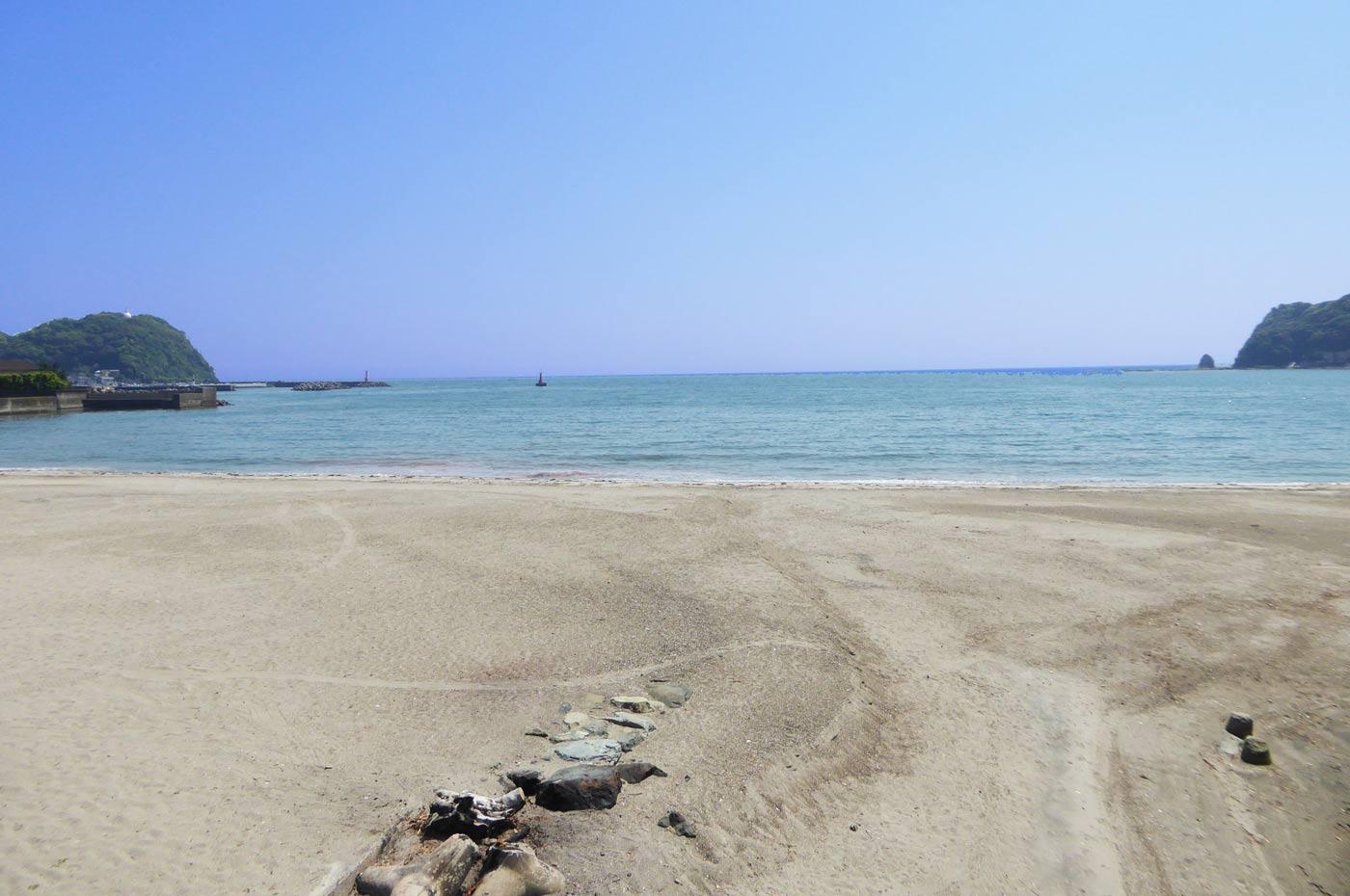 内浦海水浴場中央部の画像
