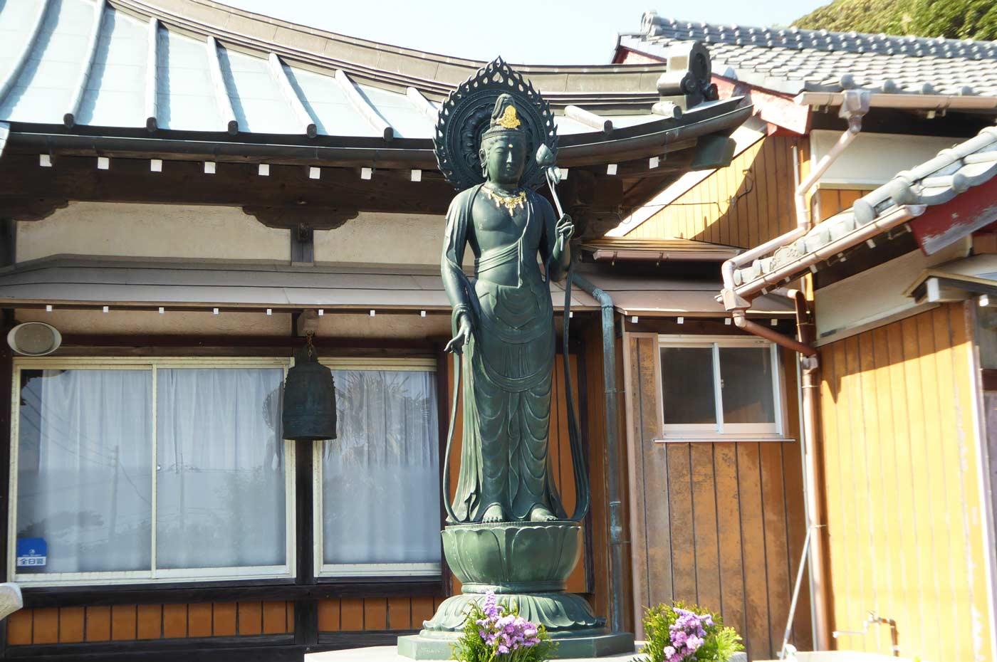 東光寺の如来像の画像
