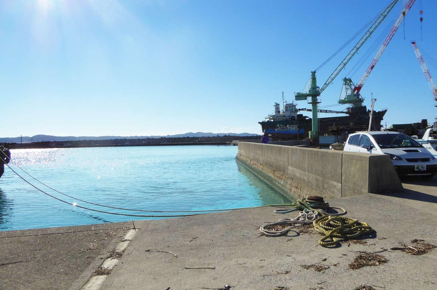 船形港 市場前の小突堤のポイント