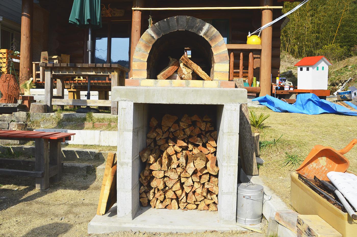 牛タン蔵のピザ窯の画像