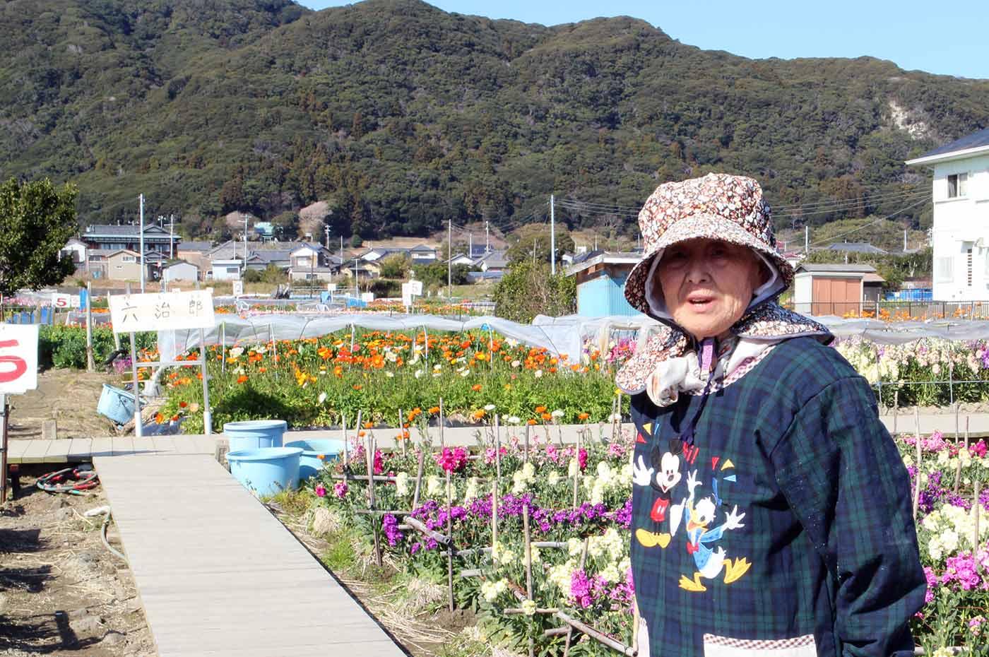 家族時間 南房総 千倉 千田の花畑の明るいお母さん