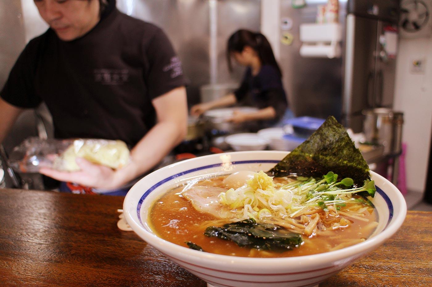 生姜醤油ラーメンの厨房 館山市