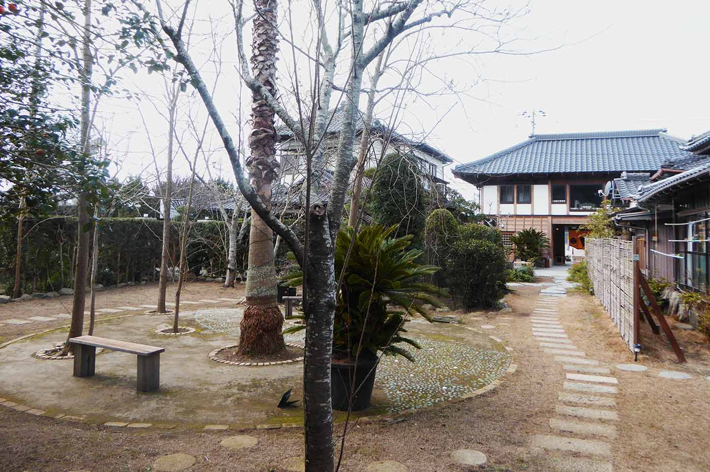 一二三養蜂園 カフェ123の庭の画像