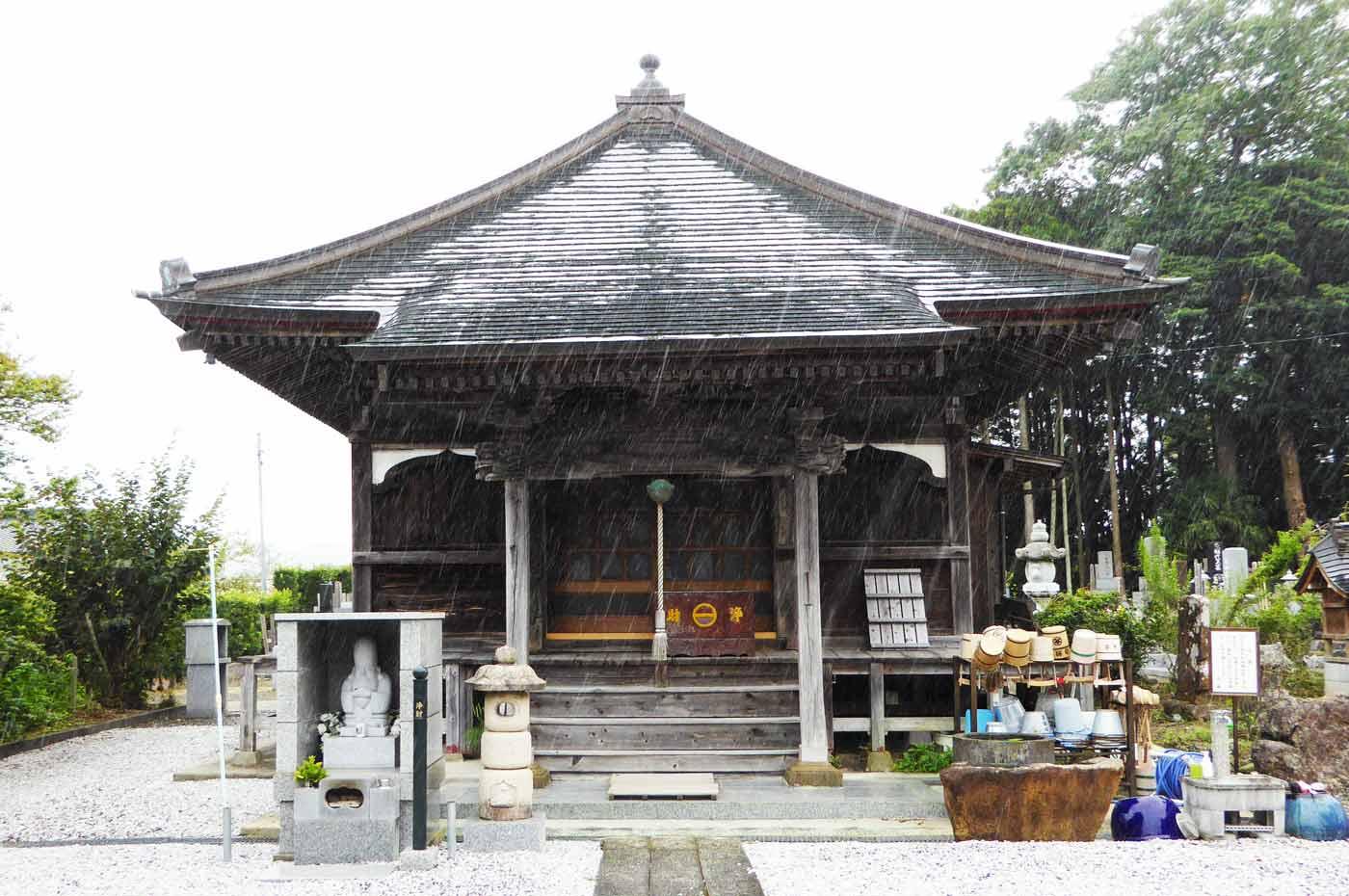 安国寺の観音堂