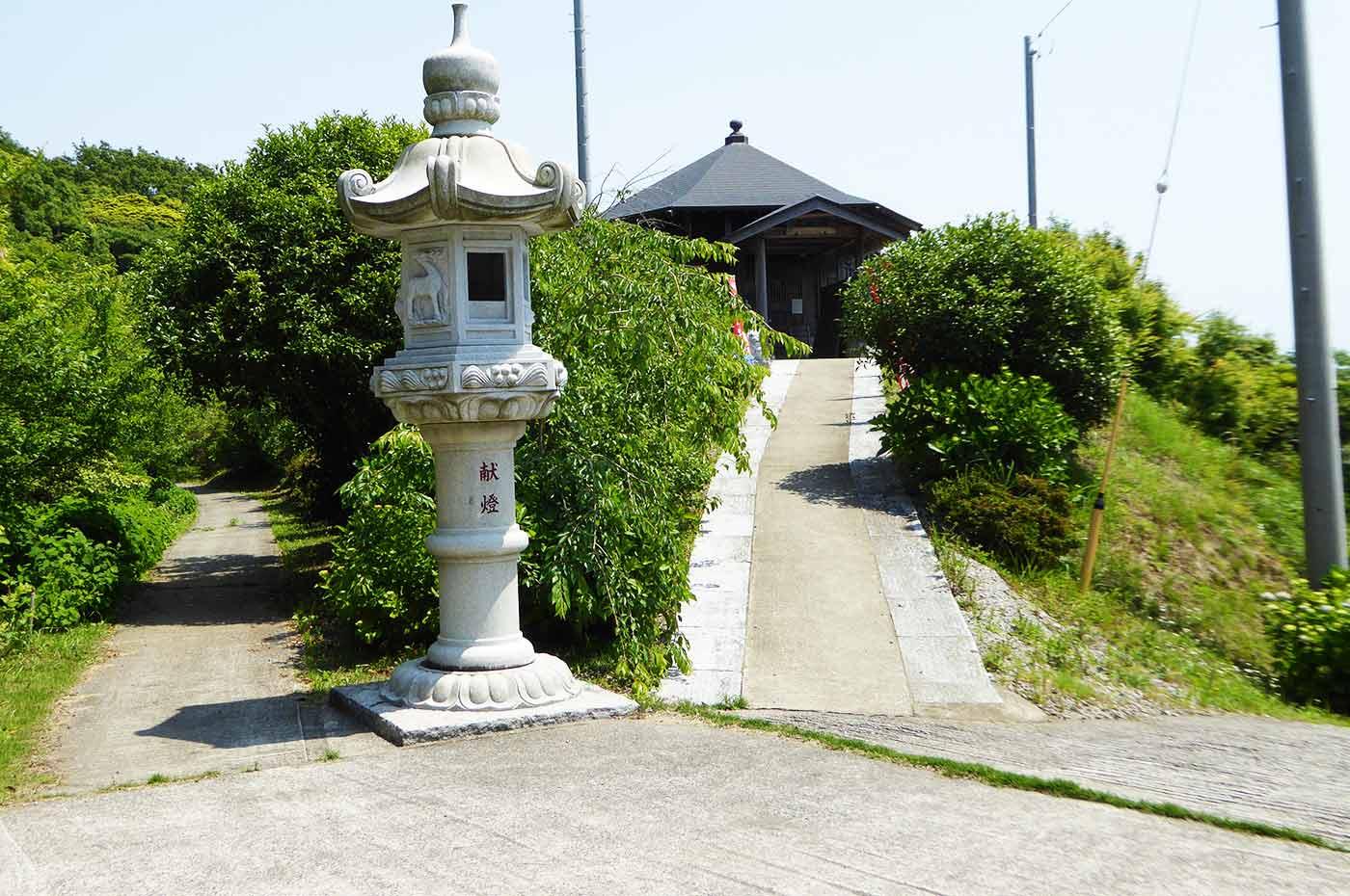 日運寺の釈迦堂